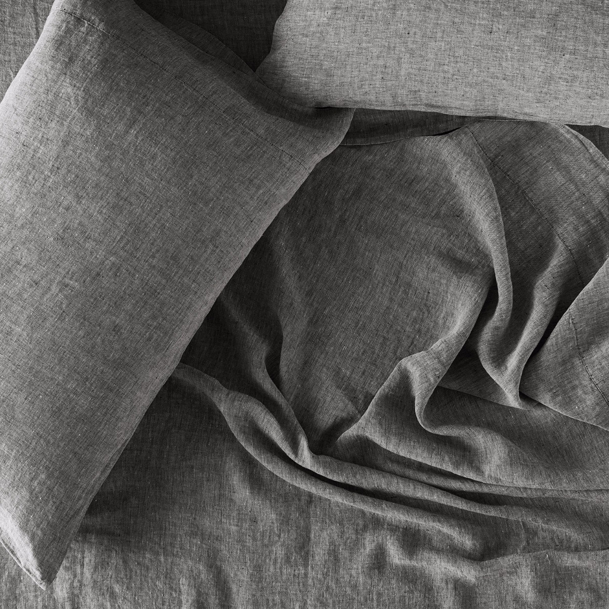 Organic Relaxed Linen Sheet Set in Charcoal Chambray by Coyuchi